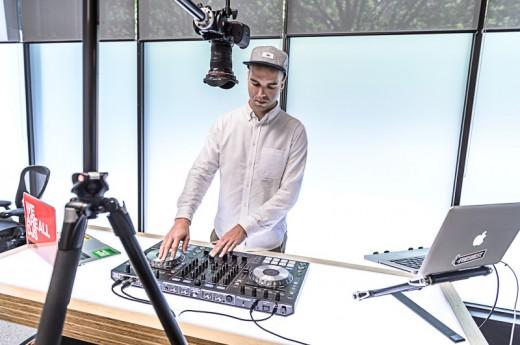 Đào tạo DJ - Thành thạo DJ chỉ với 4 triệu - 2