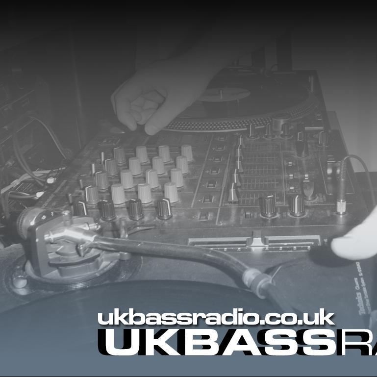 Sunday Techno with Bully and Phreaked - UK Bass Radio - Sunday 19 August 2018