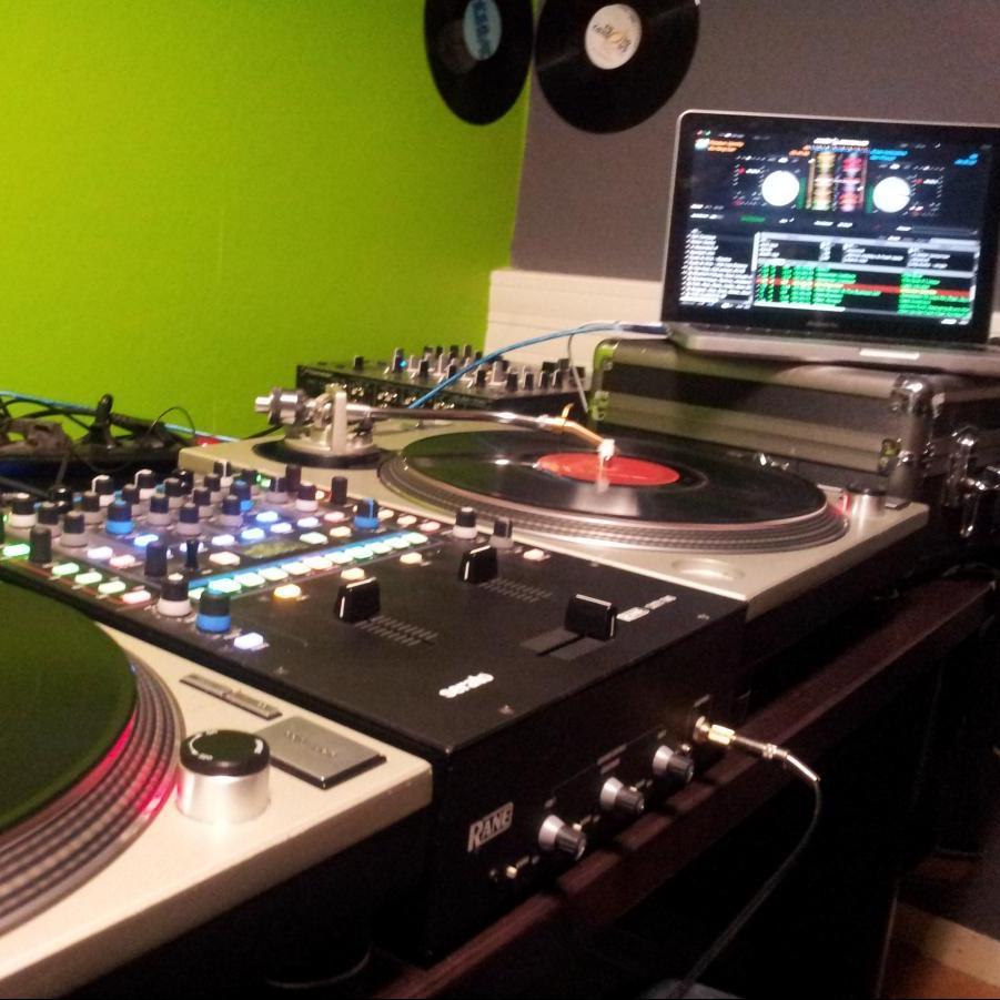 Uptown Funk @ Radio Campus - 25/01/15