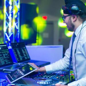 Choosing powered speakers for this new year 2016 | Serato