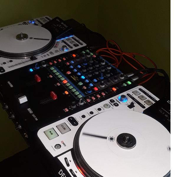 Pioneer DDJ-1000 & Serato DJ | Serato com